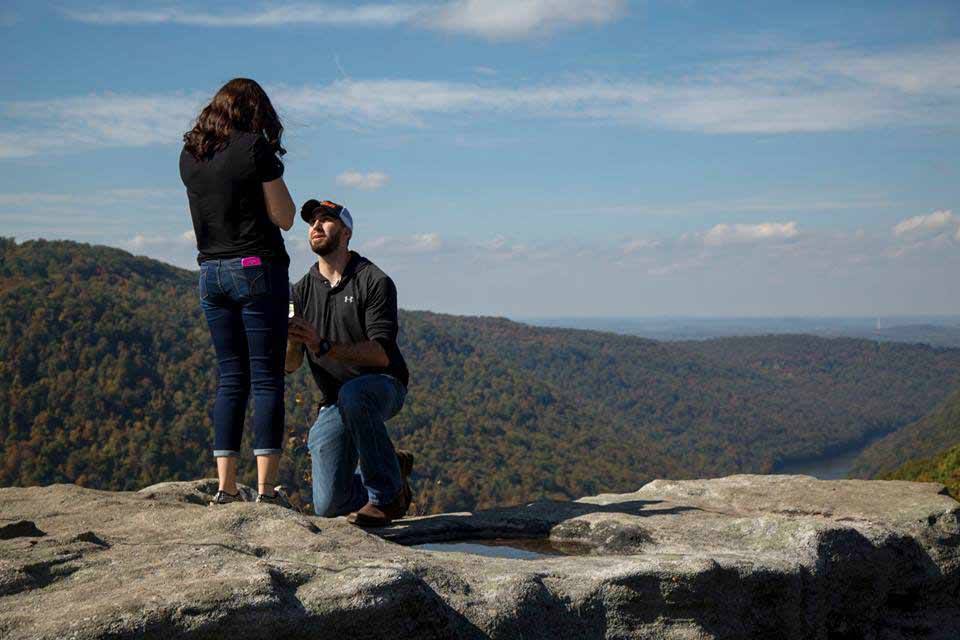 Engagment Photographer in Morgantown, WV